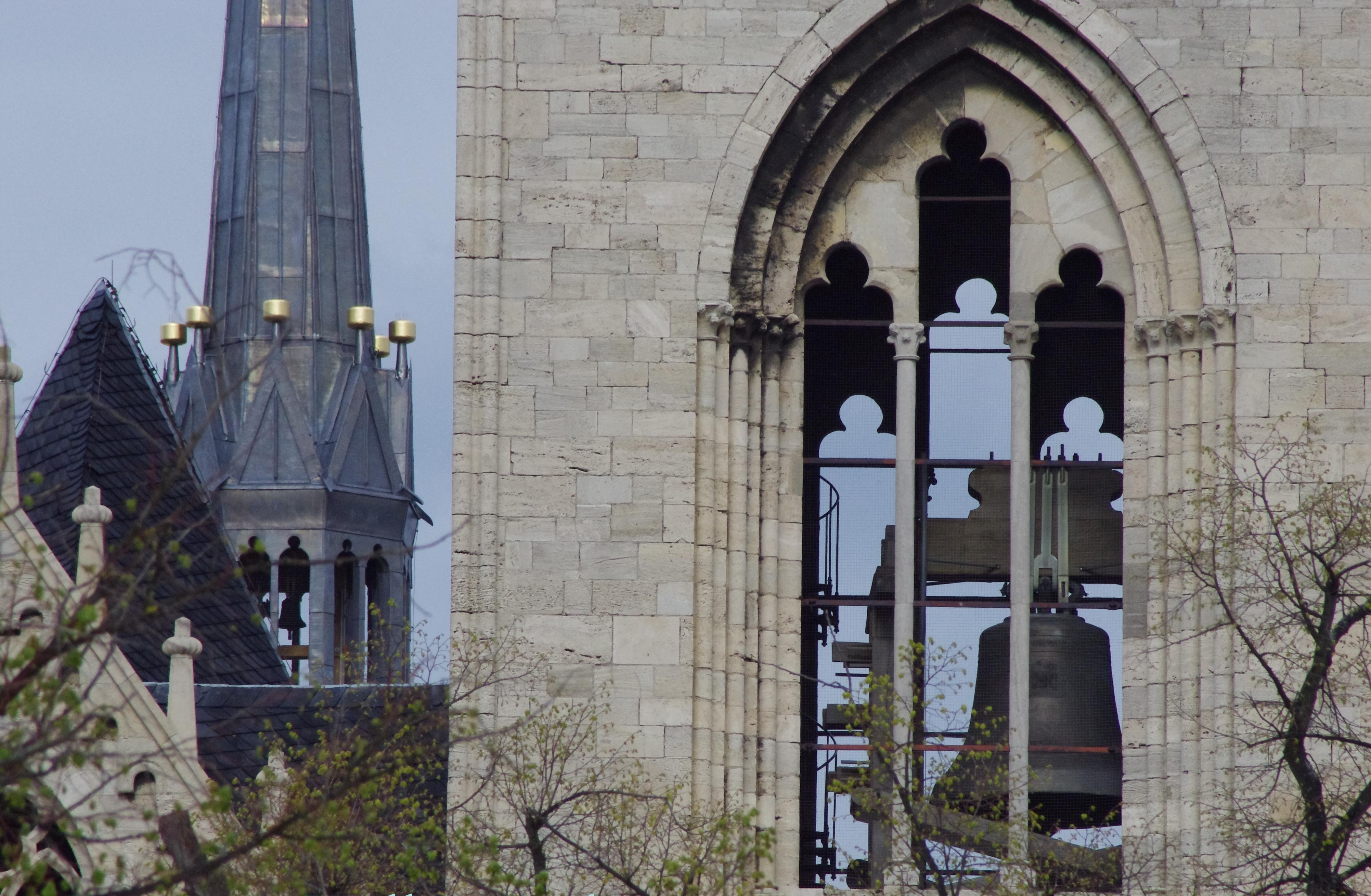 Die Glocke Domina und im Dachreiter ihr kleiner Bruder Adämmchen